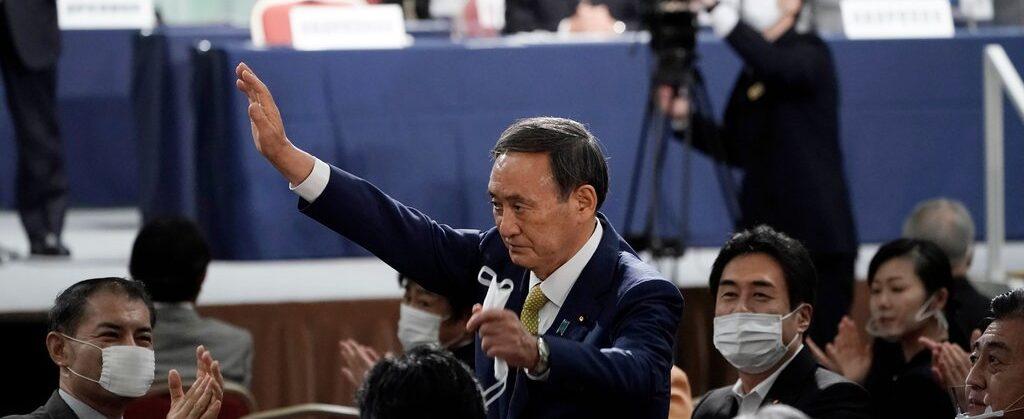स्ट्रबेरी किसानका छोरा योशिहिडे सुगा बने जापानको नयाँ प्रधानमन्त्री
