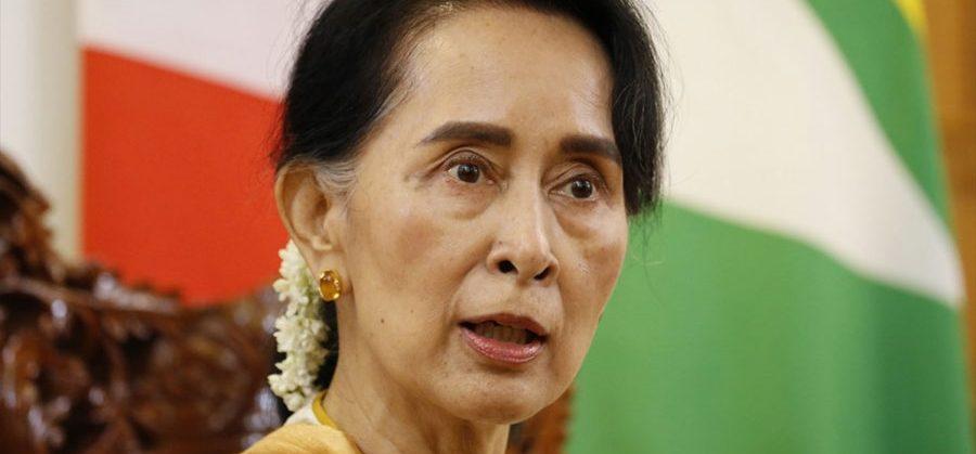 म्यानमारमा सैनिक 'कू' एक बर्ष संकटकाल घोषणा, प्रजातन्त्रवादी नेतृ सुकी हिरासतमा